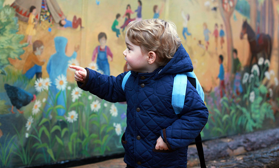The family was still living in Norfolk at the time, so Prince George attended Westacre Montessori. With his backpack on he was ready to go, after spending some time looking at the school's mural, of course!