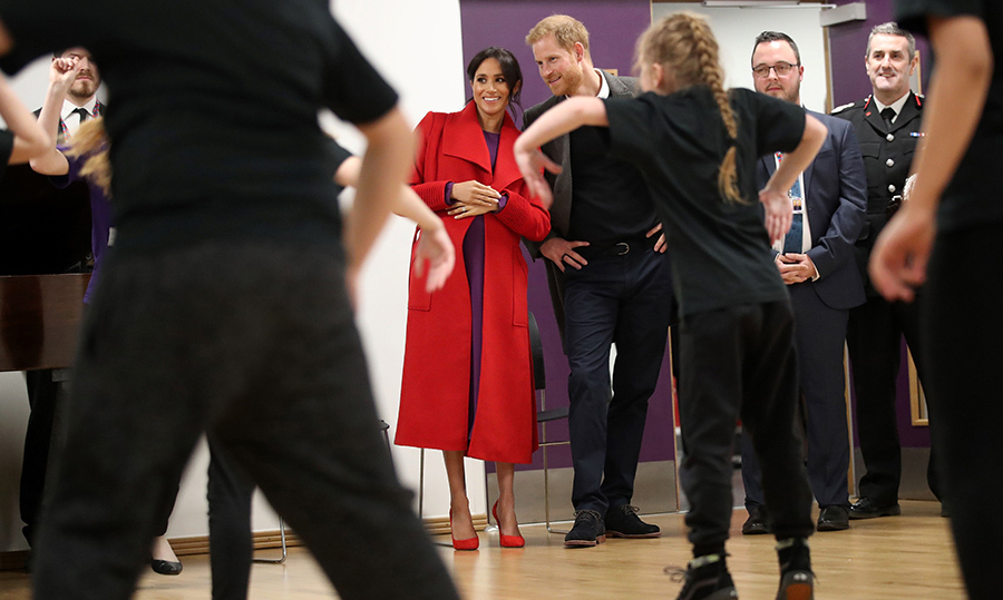 The expecting couple watched a dance troupe perform at the Hive, Wirral Youth Zone, during their visit.