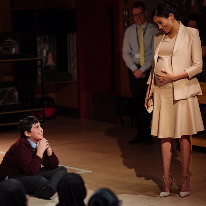 Meghan Markle Visits The National Theatre: Photos