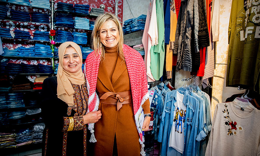 Ever the fashion maven, it's no surprise Queen Maxima wanted to stop by a boutique shop. She visited with the female entrepreneurs of Al Hana Boutique.