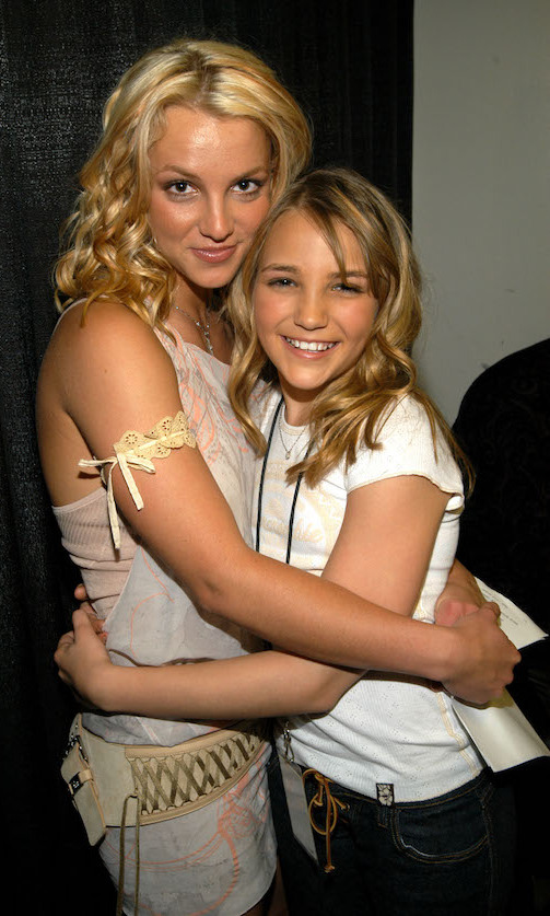 <h2>Britney and Jamie Lynn Spears</h2>