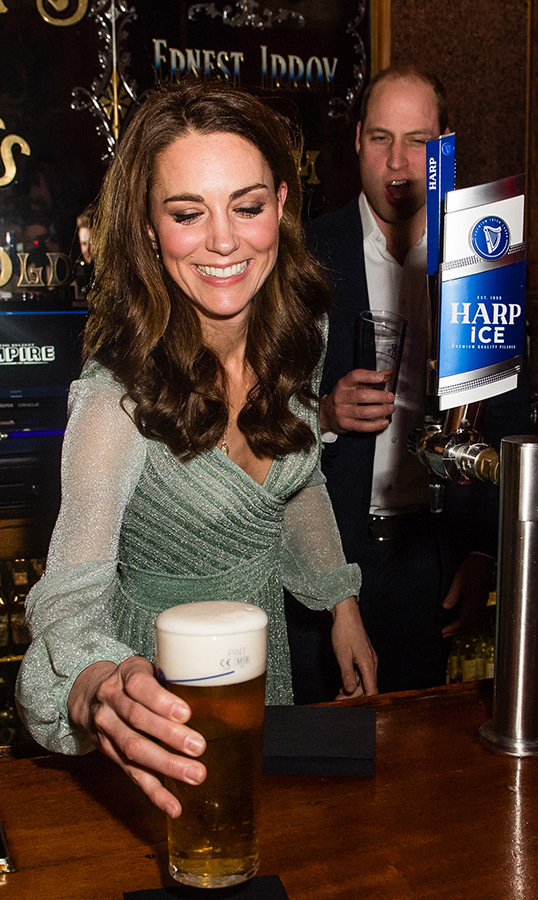 And she pulled the perfect pint!