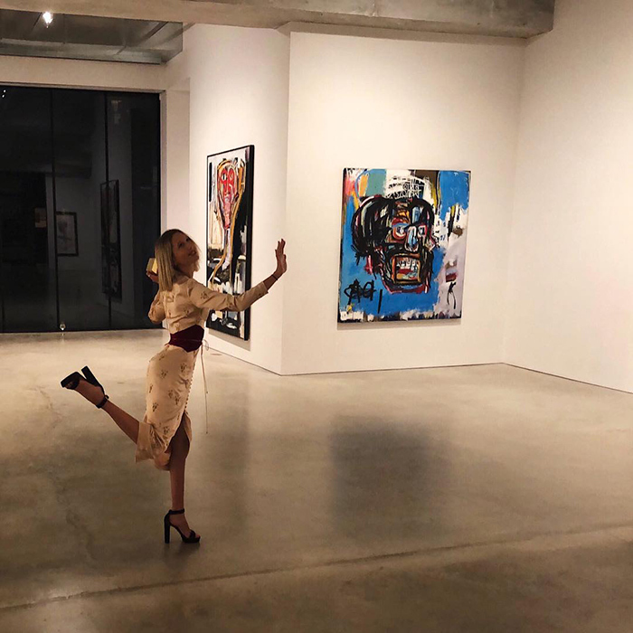 "Princess Olympia of Greece posed cutely inside an art gallery, and shared the moment on Instagram. ""Touche pas,"" she captioned the photo in French (meaning ""don't touch"" in English!).