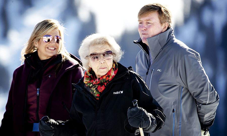 Queen Maxima and Princess Beatrix rocked some super sweet shades while skiing in Lech on Feb. 25. King Willem-Alexander of the Netherlands wasn't too far behind them during their annual photo session.