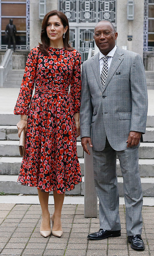 The Danish princess looked picture perfect in a red, black and white dress while meeting with Houston Mayor Sylvester Turner on the steps of city hall.