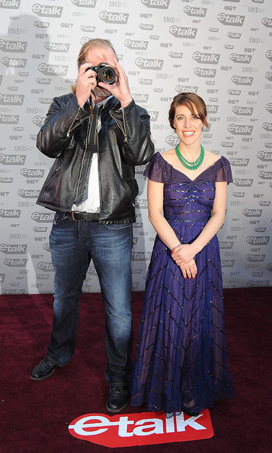 "Celebrated Canadian singer Feist dazzled in a beautiful purple gown and green necklace at the 2009 JUNOs. She was joined by a rather mysterious photographer behind her. The former Broken Social Scene frontwoman went on to win Video of the Year for her track ""Honey Honey,"" and was also nominated for the Fan Choice award.