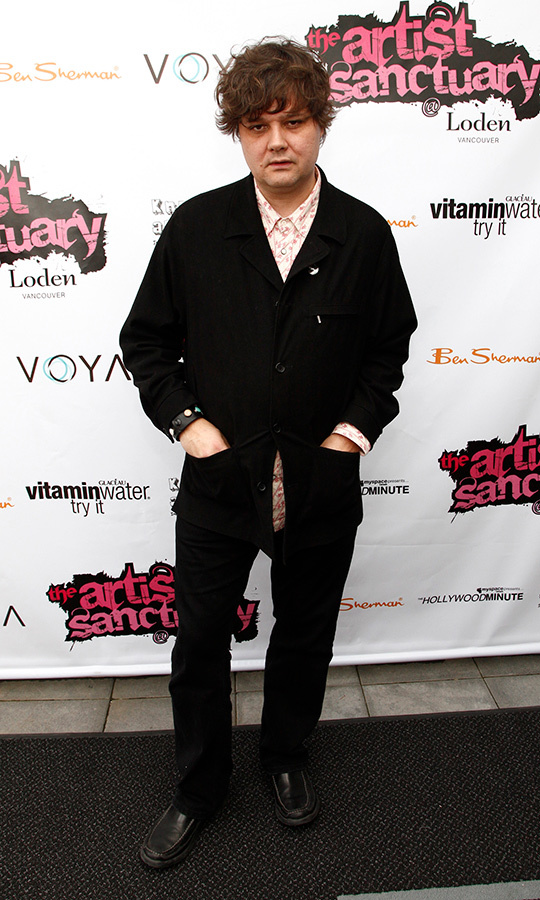 Singer-songwriter Ron Sexsmith made a dapper appearance at The Artist Sanctuary VIP lounge. He was nominated for Adult Alternative Album for his work, <em>Exit Strategy of the Soul</em>. 
