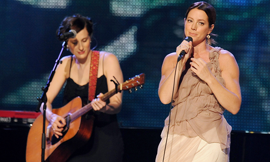 Melissa McClelland and Sarah McLachlan gave a moving performance at the annual Canadian event. Sarah went on the win the Allan Waters Humanitarian Award that year.