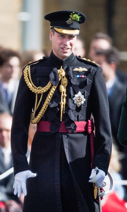 "<strong><a href=""https://ca.hellomagazine.com/tags/0/prince-william"">Prince William</a></strong>, who is the first colonel of the Irish Guards, wore a uniform to the event. He looked dapper as ever!