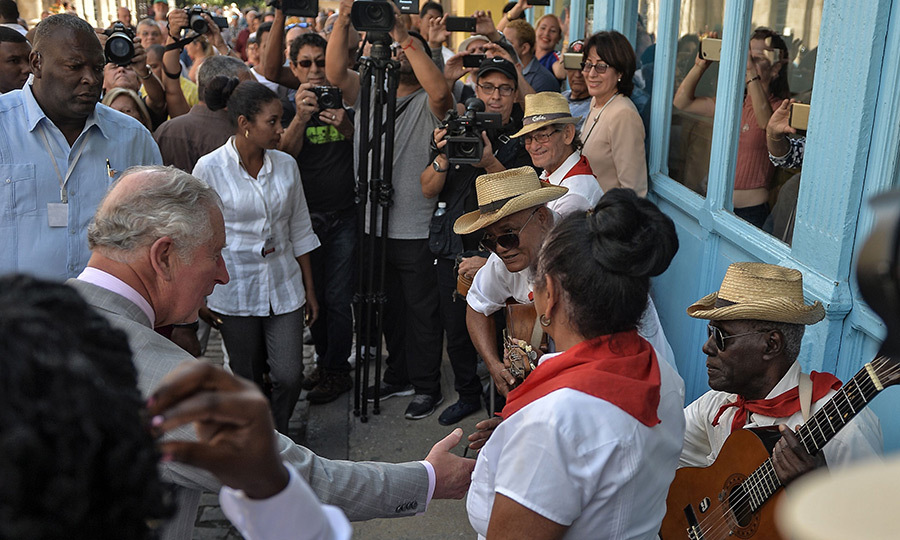 Havana is an extremely colourful place full of the best music, dance and celebration, and Charles and Camilla got to experience the party first-hand during their walkabout! Charles took the opportunity to greet some street musicians the royal couple met during their tour of Old Havana.
