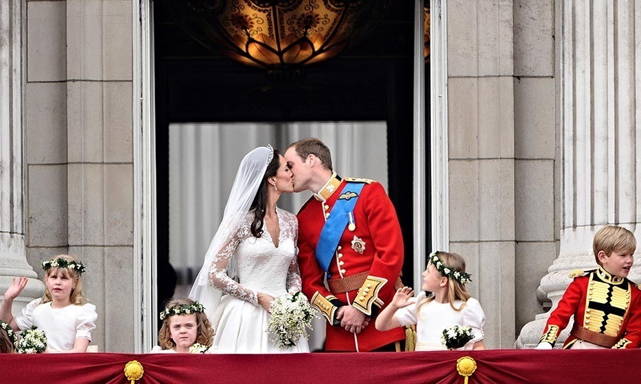 <h2>April 29 – Prince William and Kate's 8th wedding anniversary</h2>
