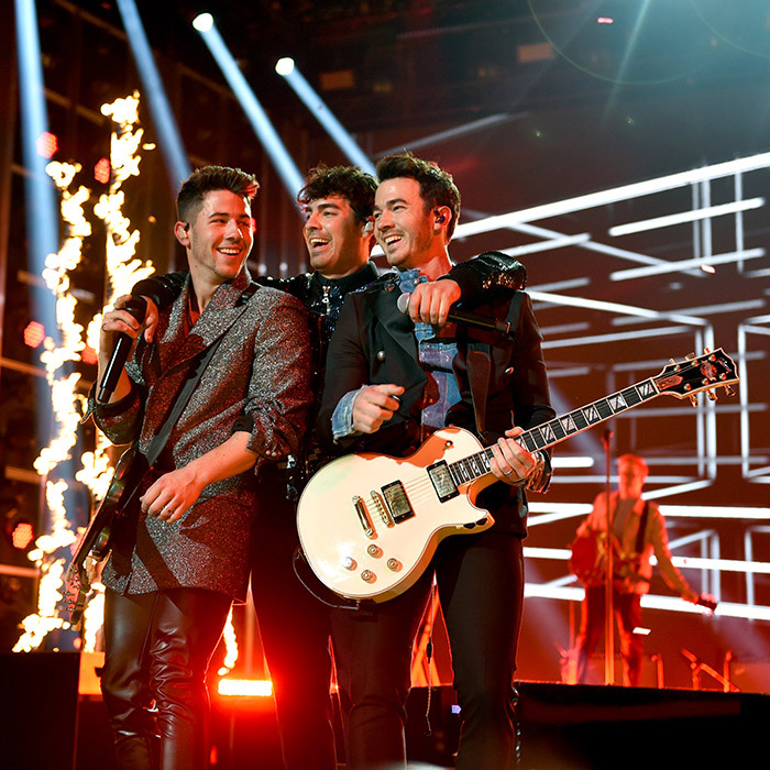 "After announcing their comeback tour, the <a href=""/tags/0/jonas-brothers""><strong>Jonas Brothers</a></strong> heated up the <i>Billboard</i> Music Awards with a mash-up of three different songs – ""Sucker,"" ""Burnin' Up"" and a DNCE classic, ""Cake By the Ocean."" <a href=""/tags/0/joe-jonas""><strong>Joe Jonas</a></strong> and <strong><a href=""/tags/0/sophie-turner"">Sophie Turner</a></strong> were married in Las Vegas!