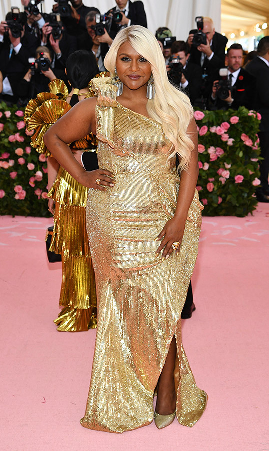 "<a href=""https://ca.hellomagazine.com/tags/0/mindy-kaling""><strong>Mindy Kaling</strong></a> in Moschino