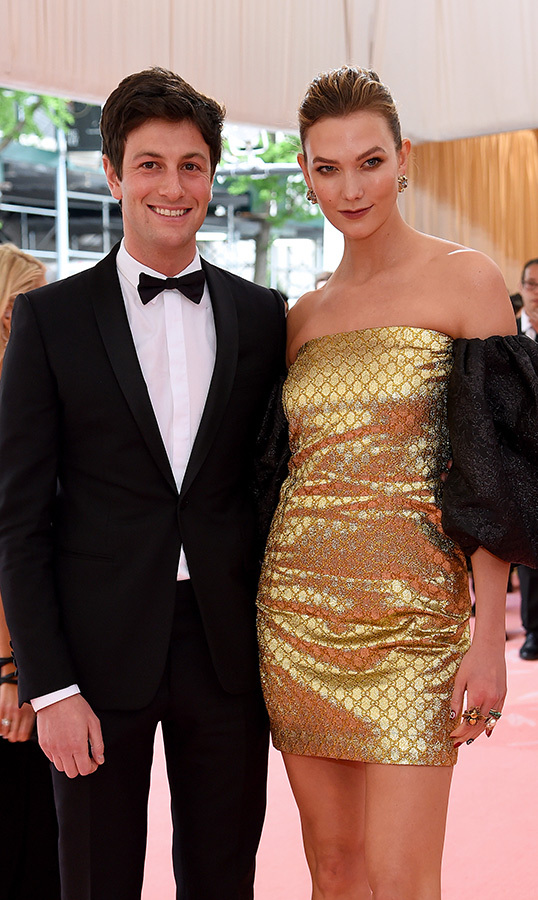 "<strong>Joshua Kushner</strong> and <a href=""https://ca.hellomagazine.com/tags/0/karlie-kloss""><strong>Karlie Kloss</strong></a>