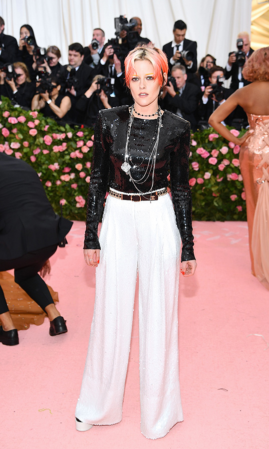 "<a href=""https://ca.hellomagazine.com/tags/0/kristen-stewart""><strong>Kristen Stewart</strong></a> in Chanel