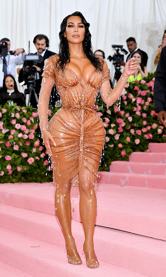 "<a href=""https://ca.hellomagazine.com/tags/0/kim-kardashian""><strong>Kim Kardashian</strong></a> in Mugler