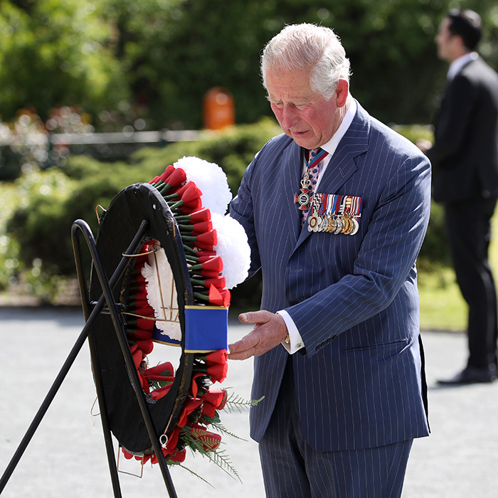 The Prince of Wales laid a wreath himself.