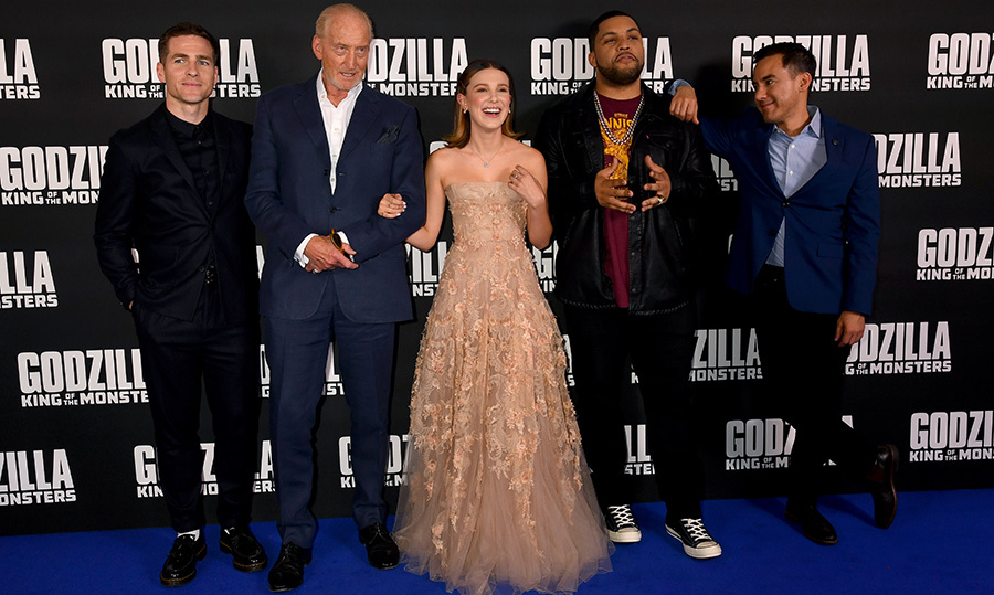 Zach Shields, Charles Dance, Millie Bobby Brown, O'Shea Jackson Jr. and director Michael Dougherty posed for a sweet snap at the <em>GODZILLA II King of the Monsters</em> premiere in London.
