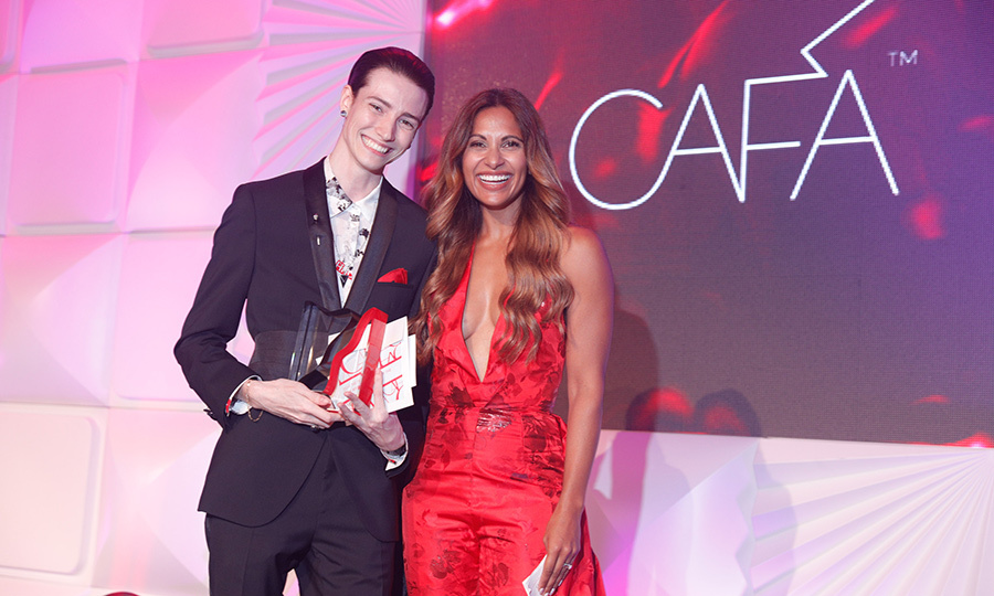 "Model <strong>Krow Kian</strong> (left), who is just 23 years old, was named Fresh Face of the Year. <Strong><a href=""/tags/0/sangita-patel"">Sangita Patel</strong></a> presented him with his trophy. 