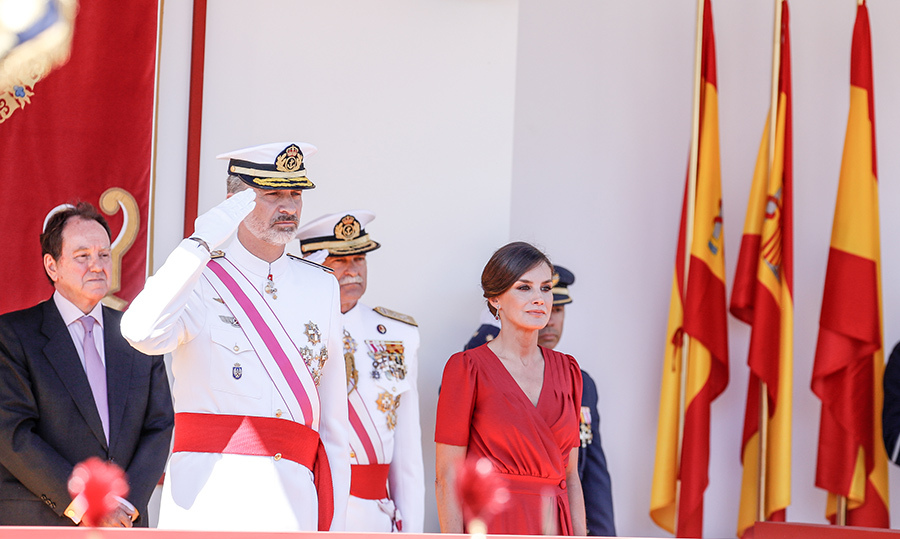 "<a href=""/tags/0/king-felipe""><strong>King Felipe VI</strong></a> and <a href=""/tags/0/queen-letizia""><strong>Queen Letizia</strong></a> of Spain attended the Armed Forces Day on June 1 in Seville. The king saluted the forces, while Letizia looked radiant in a red dress.