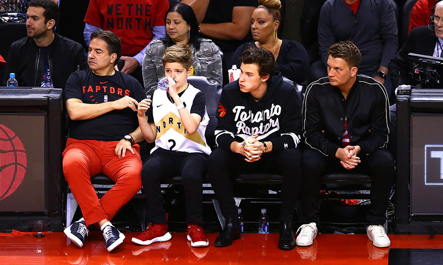 "Canadian pop star <strong><a href=""/tags/0/shawn-mendes"">Shawn Mendes</a></strong> was seated courtside for Game 2 in Toronto, cheering the Raptors on. The eight-time Juno Award winner was super into the game, and roared with enthusiasm whenever the Raptors made a huge play. 