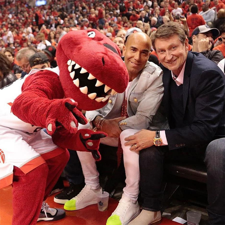 The Great One was out on June 10 to see the Raptors! <strong>Wayne Gretzky</strong> (right) took in the game courtside and posed with The Raptor. 