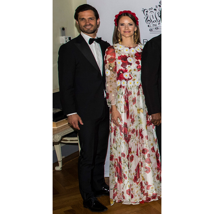 For the Polar Music Prize 2019 awards, Princess Sofia looked blooming beautiful in a floral floor-length gown. She topped off the look with a red headband, and was sided by her dapper husband, Prince Carl Philip.