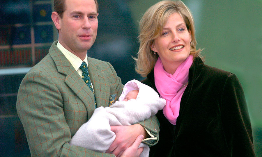"Prince Edward sadly wasn't by his wife <strong><a hre""/tags/0/countess-of-wessex"">Sophie</a></strong>'s side when their daughter, <strong><a href=""/tags/0/lady-louise-windsor"">Lady Louise Windsor</a></strong> was born in 2003. Louise was born premature and he was in Mauritius at the time, but he rushed home to be with her and her mom, and looked so happy to have met his daughter while the family posed on the steps of Frimley Park Hospital in Surrey! 