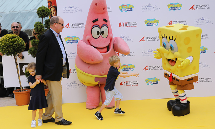 Who lives in a pineapple under the sea? Spongebob Squarepants! Prince Albert II brought his children – Prince Jacques and Princess Gabriella – to meet two of their favourite animated characters. Jacque ran for a hug, while Gabriella stayed safely behind dad.