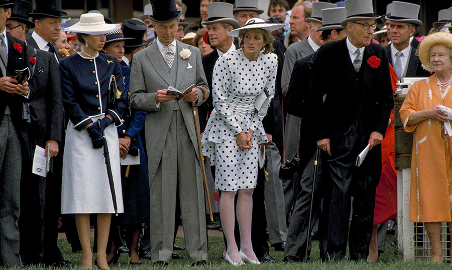 <h2>1986</h2>