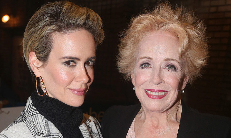 <h2>Sarah Paulson and Holland Taylor</h2>