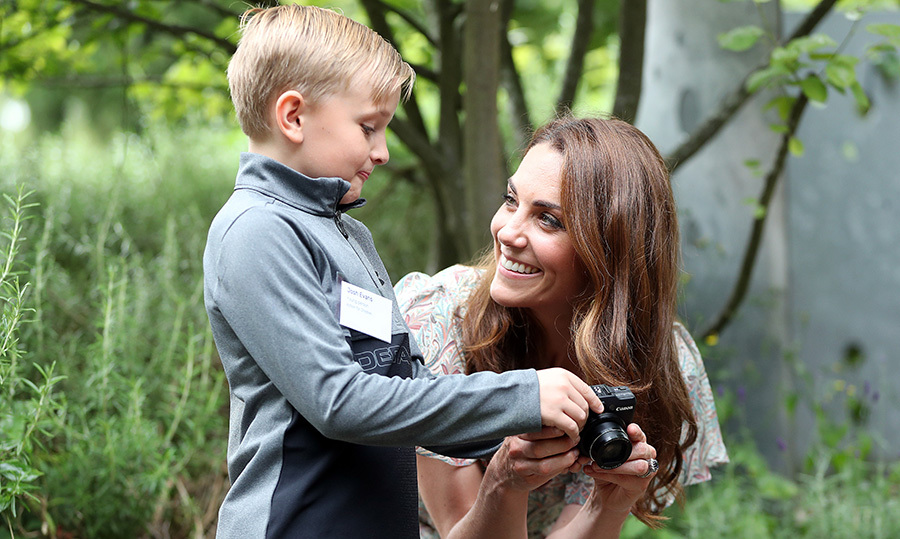 "The <a href=""/tags/0/kate-middleton""><strong>Duchess of Cambridge</strong></a> has spent a lot of time behind the camera, and is often the vision behind some of <a href=""https://ca.hellomagazine.com/royalty/02017011332278/kate-middleton-shows-off-photography-skills""><strong>her kids most adorable portraits</strong></a>.