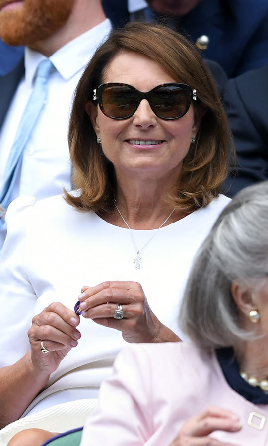 "Carole is an avid tennis fan, just like her daughter, and looked thrilled as she took in a match between Britain's <strong>Kyle Edmund</strong> and Serbia's defending Wimbledon champ, <strong><a href=""/tags/0/novak-djokovic"">Novak Djokovic</a></strong>. 