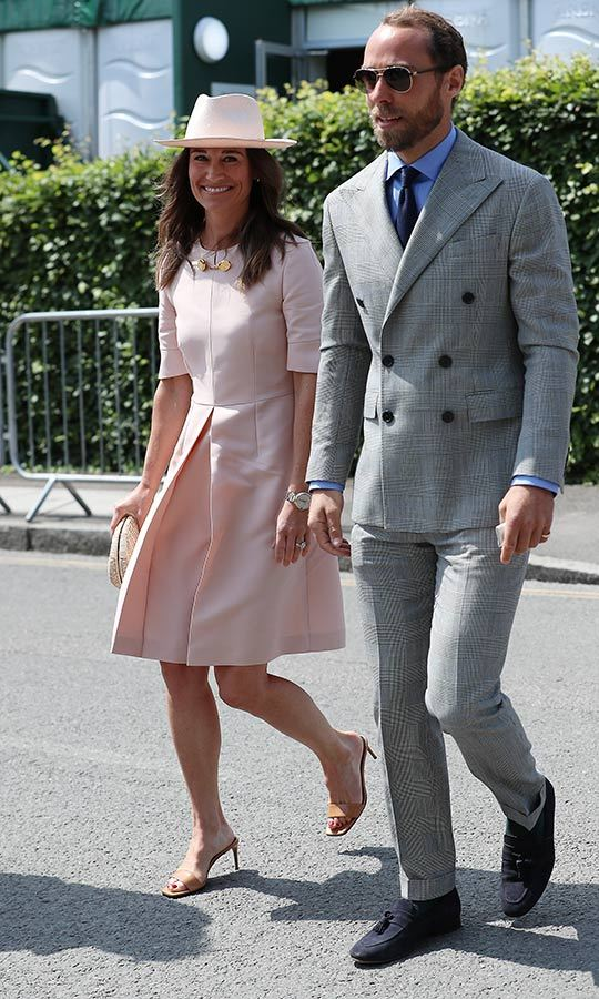 "<strong><a href=""/tags/0/pippa-middleton"">Pippa Middleton</a></strong> and her brother <a href=""/tags/0/james-middleton"">James</a></strong> looked so stylish on July 8 when they stepped out for <strong><a href=""/tags/0/wimbledon"">Wimbledon</a></strong>! 