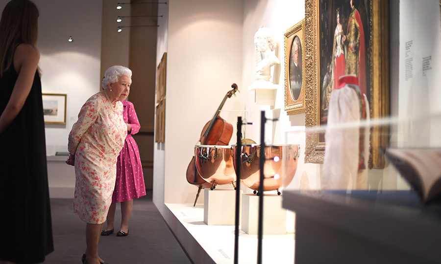 The monarch also got to look at instruments that were played by members of Victoria's private orchestra. Like Victoria, Elizabeth is also a lover of culture! 