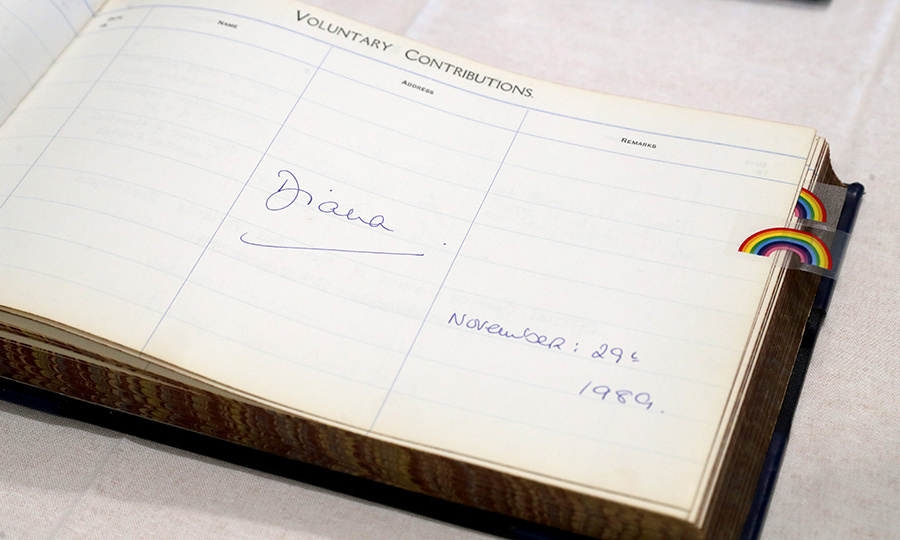 Here is Diana's signature in the book!