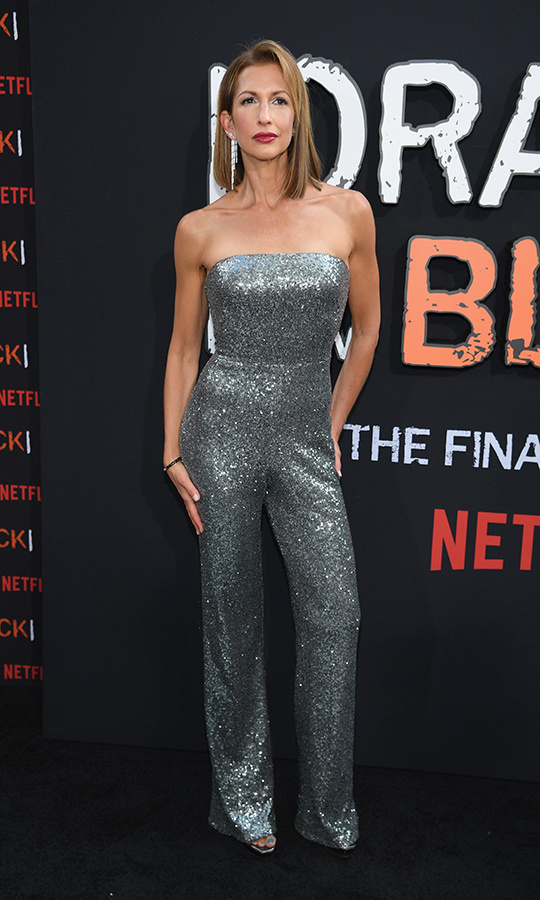 "<STRONG>Alysia Reiner</strong> (Natalie ""Fig"" Figueroa) looked so glam in a straplses grey, sparkly jumpsuit!