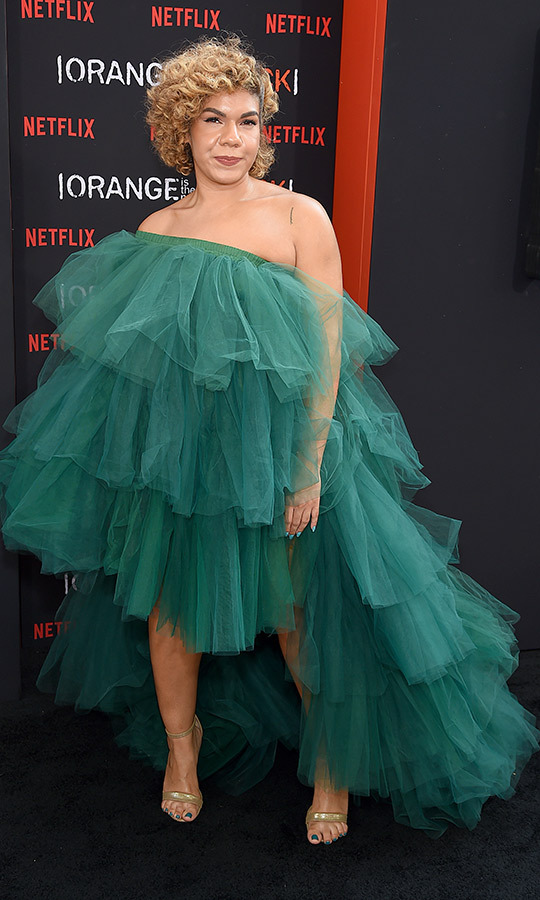 "Did we mention ruffles were in? <strong>Daniella De Jesus</strong> (Irene ""Zirconia"" Cabrera) opted for a drses that was just one giant green ruffle and she looked so gorgeous!