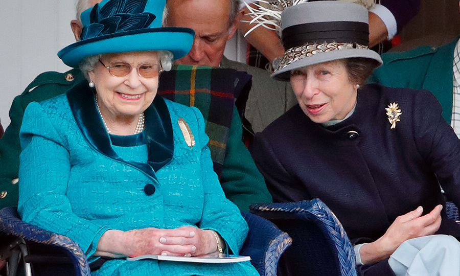 The Queen says happy birthday to Princess Anne with sweet ...