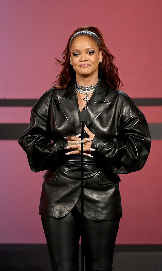 <h2>No. 3: Rihanna