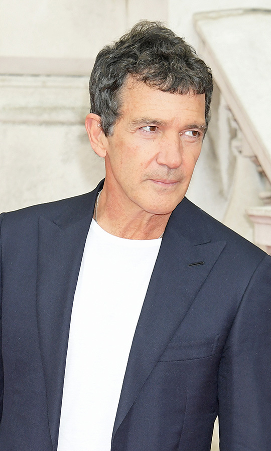 <h2>Antonio Banderas</h2>