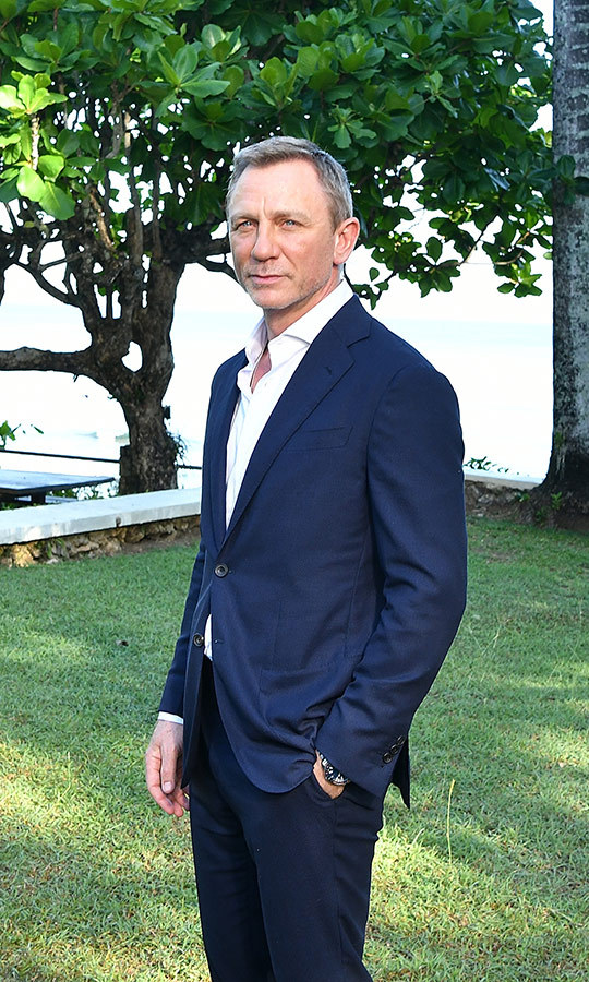 <h2>Daniel Craig</h2>