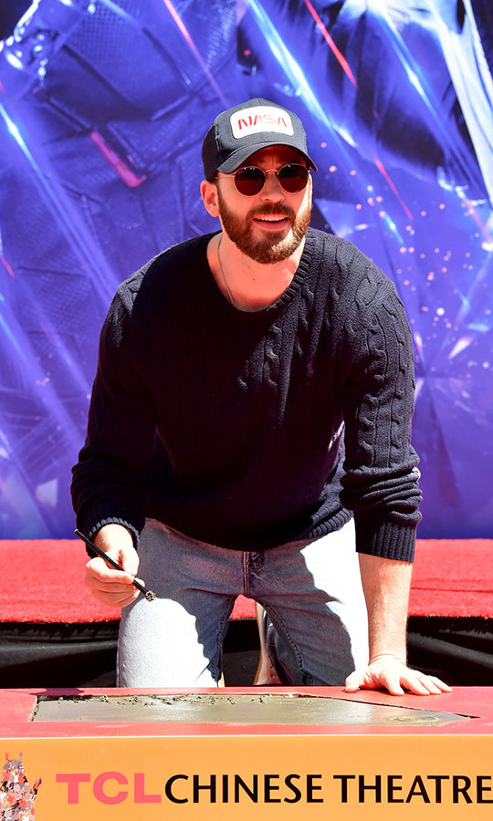 <h2>Chris Evans</h2>