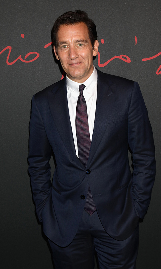 <h2>Clive Owen</h2>