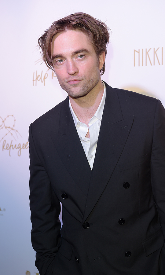 <h2>Robert Pattinson</h2>