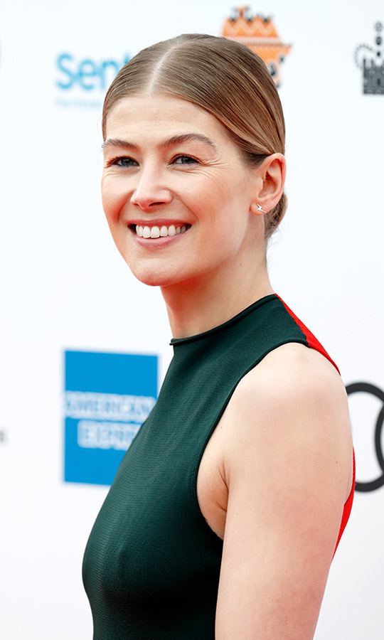 <h2>Rosamund Pike</h2>