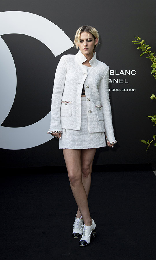<h2>Kristen Stewart</h2>