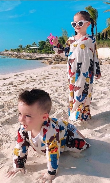 "Too cute! <strong><a href=""/tags/0/coco-rocha"">Coco Rocha</a></strong>'s kids looked like they were having a total blast while she took them on vacation in Turks & Caicos in July.
