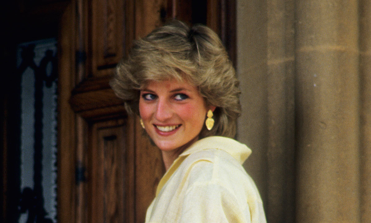 "<strong><a href=""/tags/0/princess-diana"">Princess Diana</a></strong> was beloved the world over by people in every country - including celebrities and stars, too! The People's Princess had many famous friends, and they said plenty of incredible things about her during her life. But when she passed away tragically in 1997, there was an outpouring of love and sadness for her that included celebs sharing how much she'd meant to them. That has continued in the 23 years since her death - in 2017, dozens of celebrity fans (some of whom were very young when she passed away) continued to comment on what she'd meant to them and how she'd changed the world.