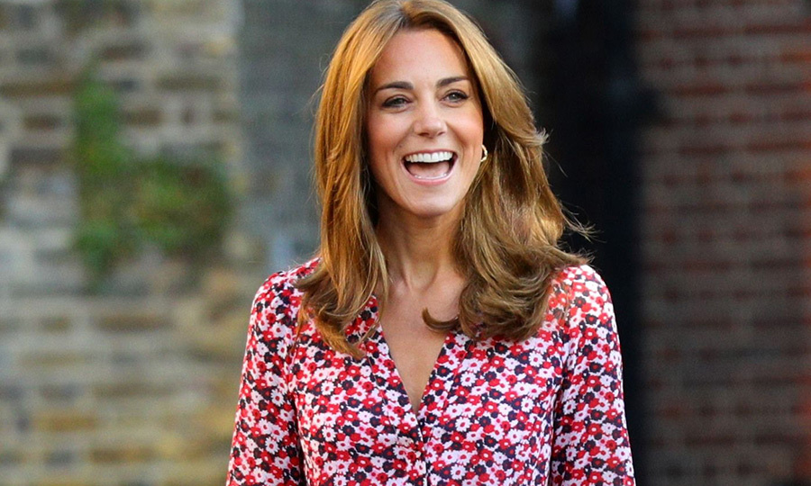 Proud mom Kate Middleton stuns as she takes Princess Charlotte to her first day of school - HELLO! Canada